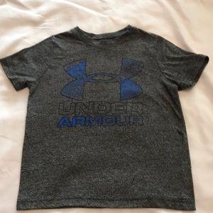 Under Armour boys xs t-shirt